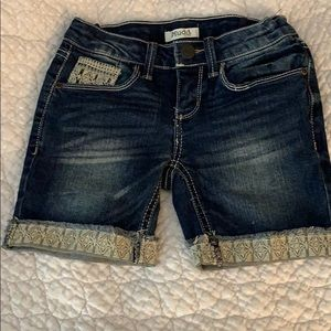 Jean shorts with details